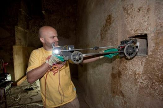 2010 Djedi robot
