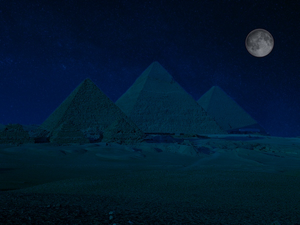 giza_at_night