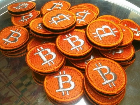 2011-05-Bitcoin_Badges