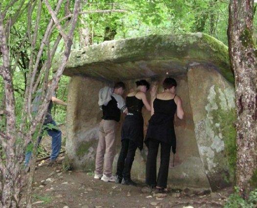 5-dolmen-tlf