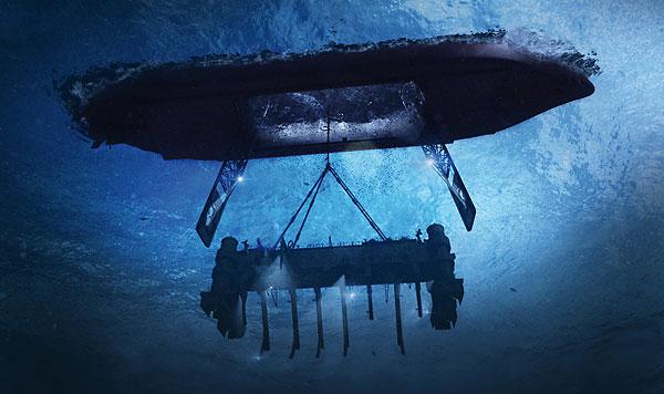 американцы в лодке в морем
