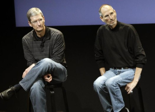 2-apple-jobs-cook-2009